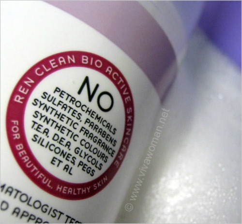 How does my cleanser cleanse without sulfates?