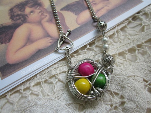 handmade colorful birdnest necklace