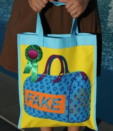 FAKE Louis Vuitton Art Bag