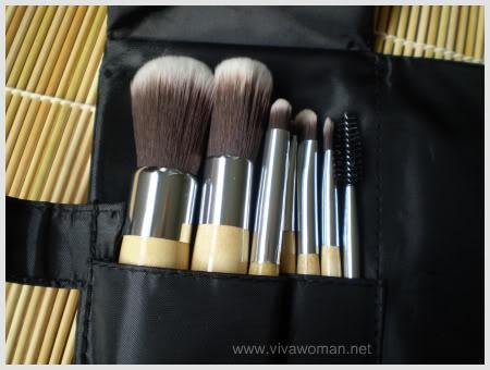Review: MOMO makeup brush set