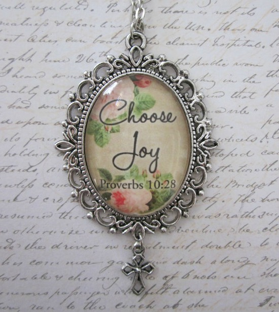 Choose Joy Vintage Rose Glass Filigree Pendant Necklace