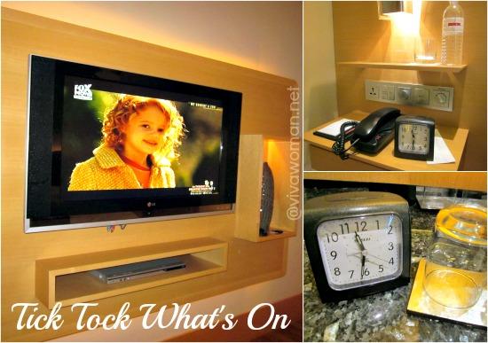TV Clock Grand Hyatt Singapore