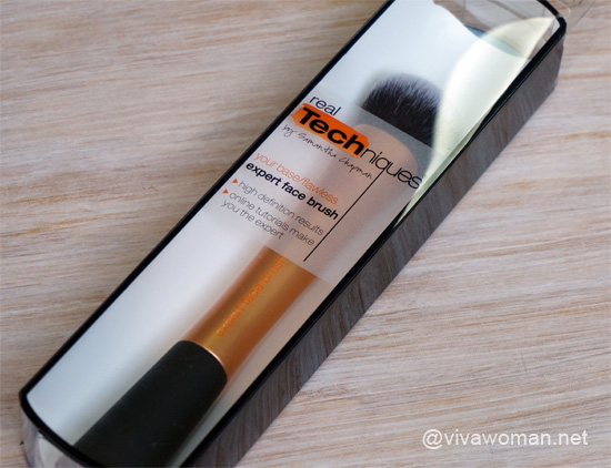 Real-Technique Expert Face Brush