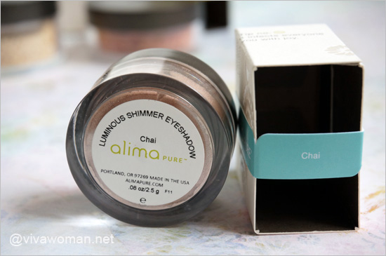 Alima-Pure-Luminous-Shimmer-Eyeshadow