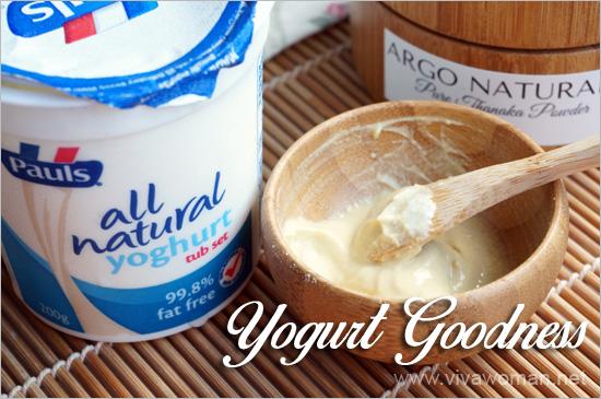 yogurt-with-thanaka-powder