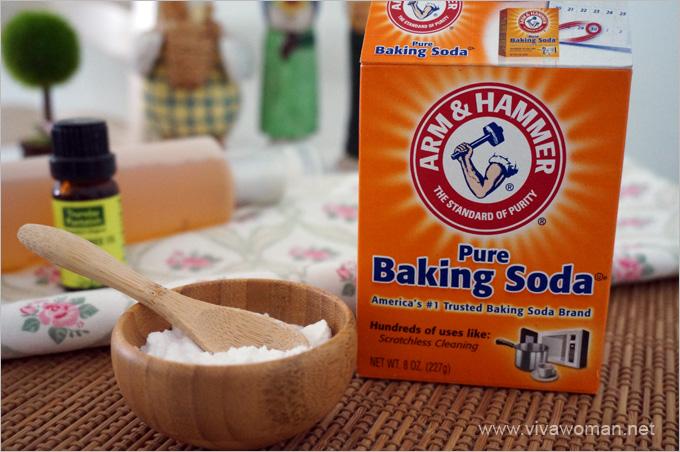 Baking Soda To Whiten Your Teeth