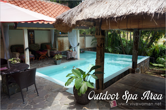 Tempat Senang Outdoor Spa Area