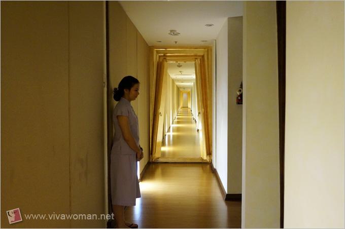 Devarana Spa Long Corridor