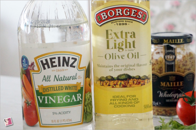 Vinegar & Olive Oil