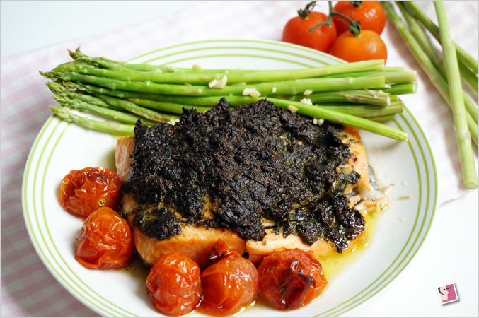Baked Salmon with Pesto Sauce